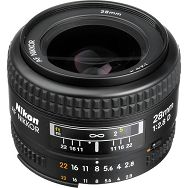 Nikon AF 28mm f/2.8D FX širokokutni objektiv fiksne žarišne duljine Nikkor 28 2.8 f/2.8 prime wide lens (JAA128DA)