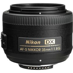 Nikon D3500 + AF-S 35mm f/1.8G DX KIT DSLR digitalni fotoaparat i objektiv Nikkor 35mm F1.8 (VBA550K007)