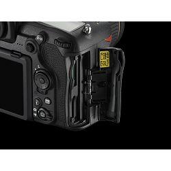 Nikon D500 + AF-S 16-80 KIT DX 4K UHD 20.9MP DSLR Camera Digitalni fotoaparat i objektiv 16-80mm 2.8-4.0 f/2.8-4E ED (VBA480K001) - TRENUTNA UŠTEDA