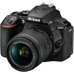 Nikon D5600 + AF-P 18-55 VR + AF-S 55-200 VR II DX KIT DSLR Digitalni fotoaparat s dva objektiva 18-55mm f/3.5-5.6 i 55-200mm (VBA500K001-1) + GRATIS RUKSAK - PROMOCIJA 100 GODINA NIKONA