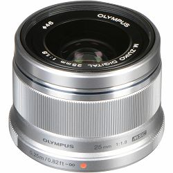 Olympus M. Zuiko Digital 25mm f/1.8 Silver Premium objektiv fiksne žarišne duljine ES-M2518 25 1:1.8 f1.8 prime lens Micro Four Thirds MFT micro4/3